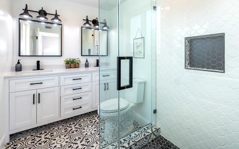 Ιδέες για μεγαλύτερη άνεση σε Μικρό Μπάνιο