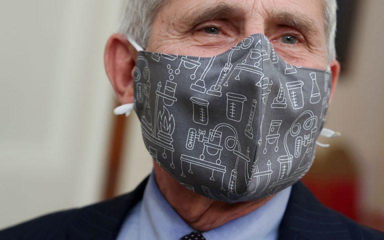 «Ναι» στη διπλή μάσκα από τον Άντονι Φάουτσι