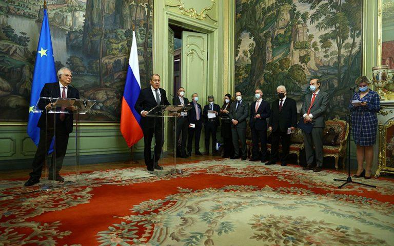 Αναταράξεις στις σχέσεις Ε.Ε. – Μόσχας μετά τις απελάσεις διπλωματών