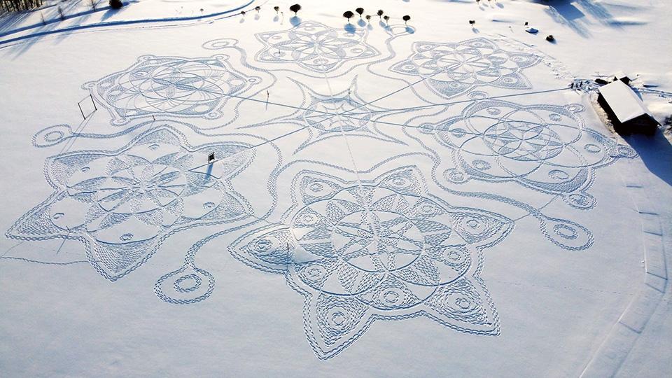 Δαντέλα στο χιόνι