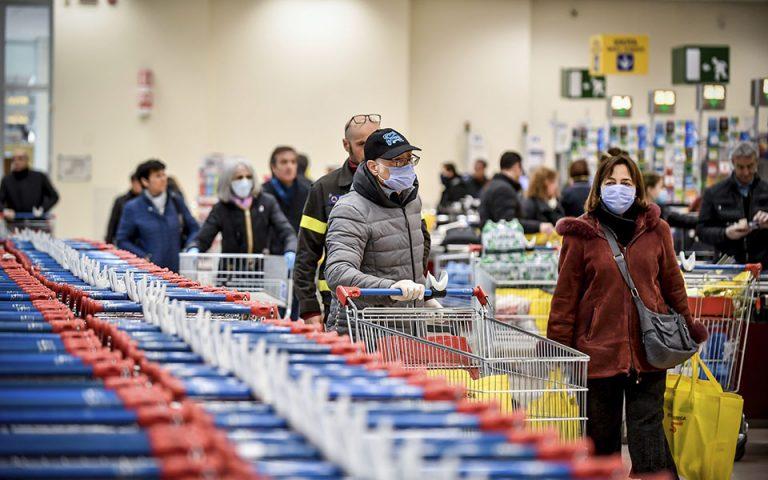 Στις 6 θα κλείσουν σήμερα τα σούπερ μάρκετ στην Αττική