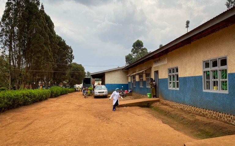 Γουινέα: Συναγερμός για την επανεμφάνιση του ιού έμπολα