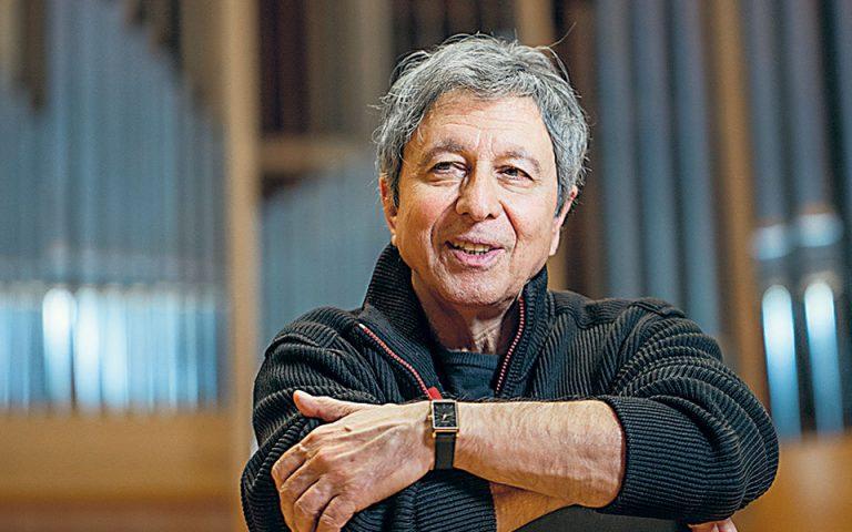 Λουκάς Καρυτινός: Στόχος να διατηρήσει η ορχήστρα τη φλόγα της