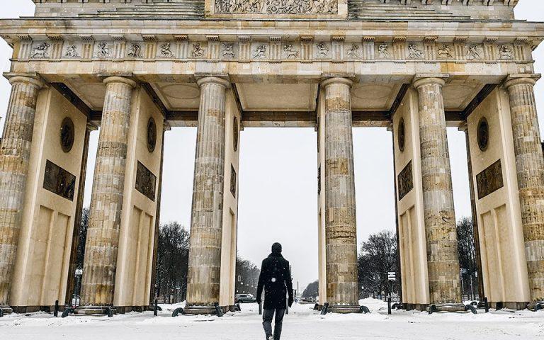 Δραματική πτώση στις γερμανικές εξαγωγές το 2020