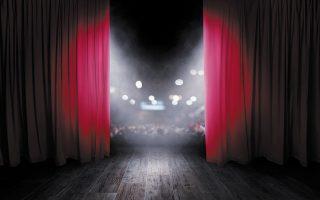Το τελευταίο διάστημα στον χώρο του ελληνικού θεάτρου έχουν έλθει στο φως καταγγελίες για λεκτική, σωματική και σεξουαλική κακοποίηση.