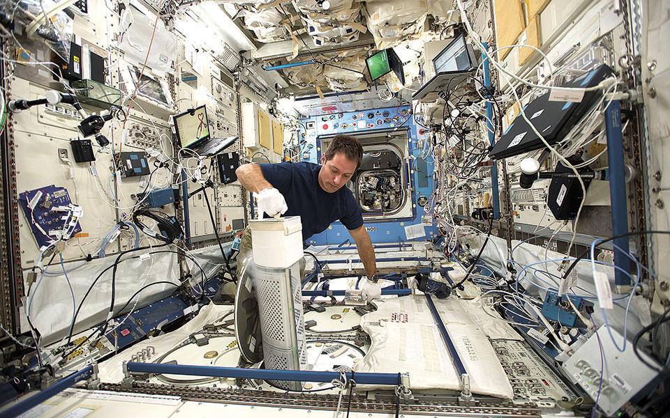 Ζητούνται αστροναύτες, χωρίς προϋπηρεσία