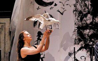 Ο «Γλάρος» του Αντον Τσέχοφ από το Satyricon Theatre της Μόσχας στη διαδικτυακή πλατφόρμα Digital Theatre.