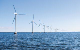 Πρόσφατη μελέτη της Navigant για την Ευρωπαϊκή Επιτροπή προβλέπει ότι το κόστος ηλεκτρικής ενέργειας από πλωτά αιολικά στο Αιγαίο θα είναι 76 ευρώ/MWh το 2030 και θα μειωθεί στα 46 ευρώ/MWh το 2050.