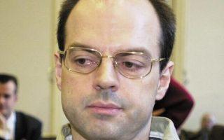 O Tόμας Ντραχ στη δίκη του στο Αμβούργο με την κατηγορία της απαγωγής, τον Ιανουάριο του 2001.