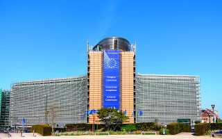 Τα κριτήρια για τον «πράσινο» και τον «ψηφιακό» χαρακτήρα των επενδύσεων ευθυγραμμίζονται με τις κατευθύνσεις της Ευρωπαϊκής Επιτροπής, ενώ η εξωστρέφεια, η έρευνα και καινοτομία με τα εθνικά κριτήρια. Φωτ. Shutterstock