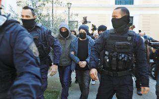 Ο γνωστός ηθοποιός και σκηνοθέτης Δημήτρης Λιγνάδης, κατά τη διάρκεια της απολογίας του, ισχυρίστηκε ότι οι καταγγελίες εις βάρος του είναι «κατασκευασμένες» και ότι οι καταγγέλλοντες ανέφεραν στις δικαστικές αρχές ψευδή και ανυπόστατα γεγονότα. (Φωτ. INTIME NEWS)