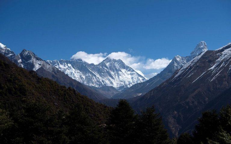 Νεπάλ: Μέτρα κατά ορειβατών που ψεύδονται ότι ανέβηκαν στο Έβερεστ