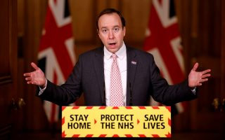 O Βρετανός υπουργός Υγείας Ματ Χάνκοκ προκάλεσε οργή με τις δηλώσεις του (Φωτ.: Reuters).
