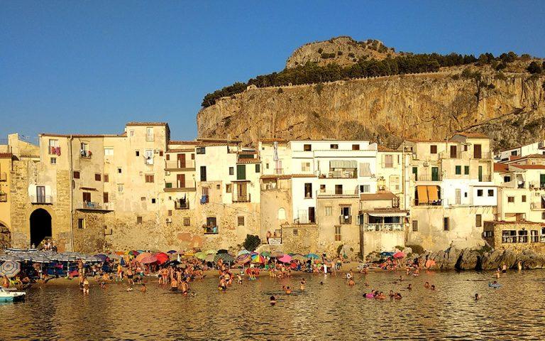 Οι αναγνώστες ταξιδεύουν: Σικελία, εκεί στον νότο