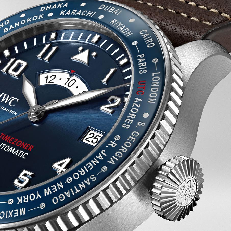 to-syllektiko-iwc-pilot-s-watch-timezoner-edition-le-petit-prince-den-einai-ena-aplo-roloi-aeroporias1