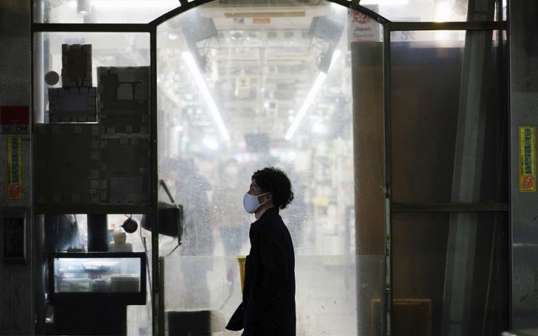 Νέο στέλεχος του ιού στην Ιαπωνία