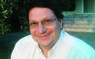 Δύο δοκίμια του Αλεσάντρο Μπαρίκο με τίτλο «Barbarians» και «The Game», καθώς και την «Υπαρξιακή ψυχοθεραπεία» του Ιρβινγκ Γιάλομ , προτείνει ως αναγνώσματα παρηγοριάς ο καθηγητής Ψυχιατρικής του Πανεπιστημίου Αθηνών, Γιάννης Ζέρβας (φωτ).