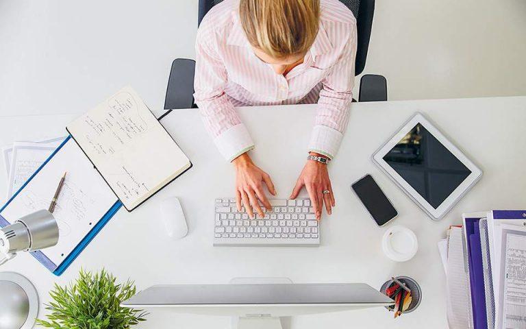 Δουλειά από το σπίτι σημαίνει αύξηση 10 ωρών εργασίας την εβδομάδα