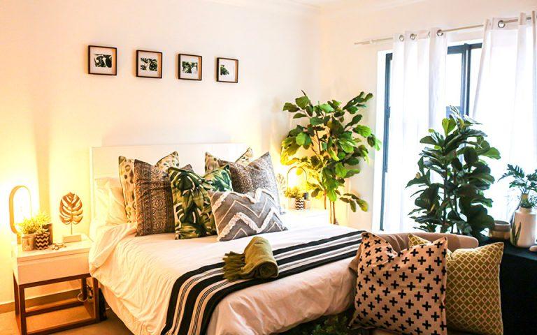 Μεγάλα φυτά εσωτερικού χώρου για το σπίτι