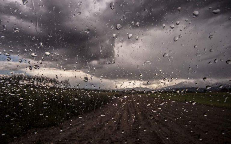 Καιρός: Τοπικές βροχές και αφρικανική σκόνη