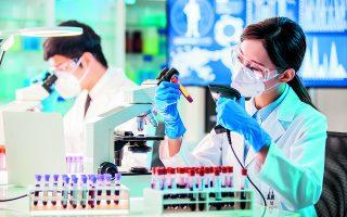 H πρόταση προβλέπει ένα σύστημα παρακολούθησης που θα ελέγχει αίμα από όλο τον κόσμο για την παρουσία αντισωμάτων για εκατοντάδες ιούς ταυτόχρονα.  Φωτ. SHUTTERSTOCK