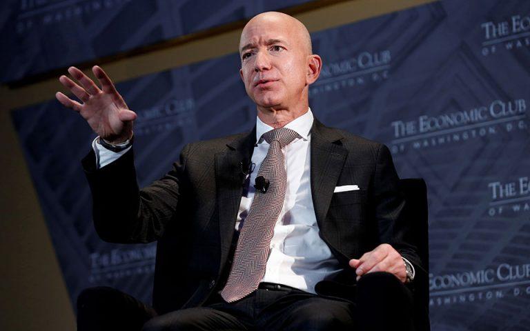 Αποχωρεί από CEO της Amazon ο Τζεφ Μπέζος