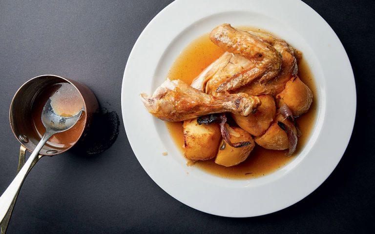 Αυτή την Κυριακή με την «Κ»: Το κορυφαίο κοτόπουλο φούρνου με πατάτες