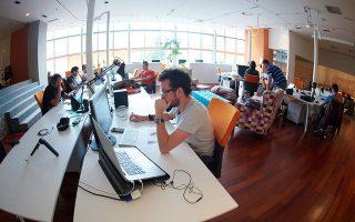 Η ανάπτυξη των ελληνικών τεχνολογικών startups τα τελευταία χρόνια έχει δημιουργήσει μια βιομηχανία νεοφυών επιχειρήσεων που μεγεθύνεται χρόνο με τον χρόνο, συμβάλλοντας σταδιακά στον μετασχηματισμό και στον εκσυγχρονισμό της ελληνικής οικονομίας (φωτ. Shutterstock).
