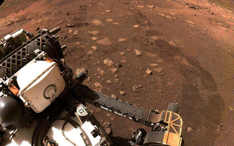 Βόλτα 6,5 μέτρων για το ρόβερ της NASA στον Αρη