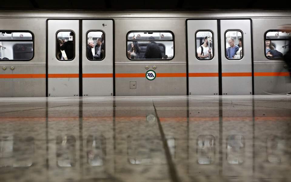 metro-xekinoyn-ta-erga-se-galatsi-katechaki5