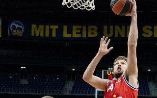 Εκπληκτική εμφάνιση χθες στη Γερμανία από τον Σάσα Βεζένκοβ, ο οποίος είχε 31 πόντους με 6/7 τρίποντα (φωτ. INTIME NEWS).