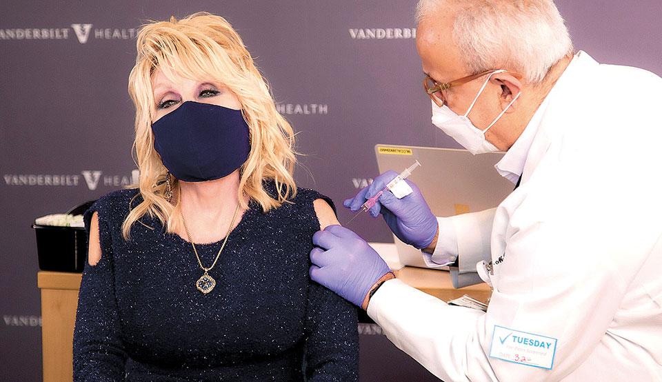 ntoli-parton-apo-to-jolene-sto-vaccine0
