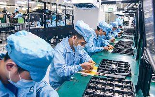 Η Κίνα θέτει σε άμεση προτεραιότητα την ανάπτυξη του τομέα των επεξεργαστών από τους οποίους εξαρτάται το μεγαλύτερο μέρος των βιομηχανιών της (φωτ. AP).