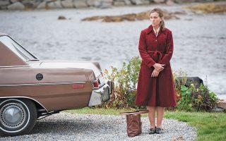 Η Φράνσις Μακντόρμαντ, πρωταγωνίστρια της μίνι σειράς «Olive Kitteridge» (ΗΒΟ, 2014).