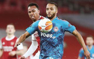 Ο Μαροκινός Γιουσέφ Ελ Αραμπί σημείωσε το μοναδικό γκολ του Ολυμπιακού στο «Εμιρέιτς», σκοράροντας για τρίτο συνεχόμενο παιχνίδι απέναντι στην Αρσεναλ (φωτ. INTIME NEWS).