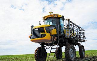 Το σύστημα της Augmenta μπαίνει στην οροφή των γεωργικών οχημάτων, σαρώνοντας τον αγρό και πραγματοποιώντας σε πραγματικό χρόνο επιτόπιο έλεγχο σε καλλιέργειες (ρύζι, σιτάρι, βαμβάκι, καλαμπόκι).