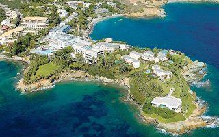 Oλοκληρώνονται σύντομα οι διαδικασίες για την προκήρυξη διαγωνισμού για το ιστορικό συγκρότημα Out of the Blue Capsis Elite Resort στην Αγία Πελαγία της Κρήτης, το οποίο ετέθη υπό ειδική διαχείριση το περασμένο έτος και η σχετική συναλλαγή πρέπει να κλείσει εντός του 2021.