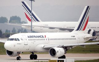Ηδη, η γαλλοολλανδική Air France ζητεί περαιτέρω βοήθεια, ύψους 10,4 δισεκατομμυρίων ευρώ, πέραν εκείνης του 2020 (φωτ. REUTERS).
