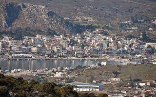 Το έργο θα κατασκευαστεί με σύμβαση παραχώρησης. Στη φωτογραφία, άποψη από την πόλη του νησιού, την Κούλουρη.