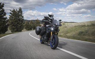 i-kalyteri-motosykleta-tis-agoras-legetai-tracer-9-gt0