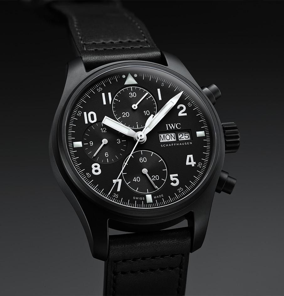 giati-oi-syllektes-kanoyn-oyra-gia-to-neo-iwc-pilot-s-watch-chronograph-edition-tribute-to-37055