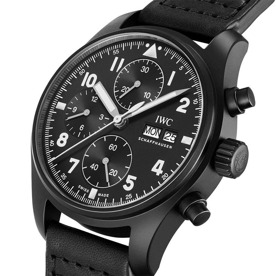 giati-oi-syllektes-kanoyn-oyra-gia-to-neo-iwc-pilot-s-watch-chronograph-edition-tribute-to-37059