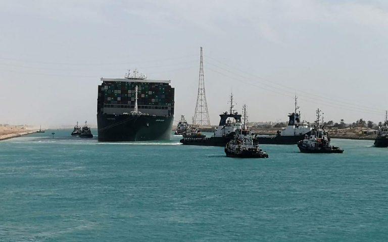 Ξεκινά ο μεγάλος «απόπλους»: Κομβόι 425 πλοίων στη Διώρυγα του Σουέζ