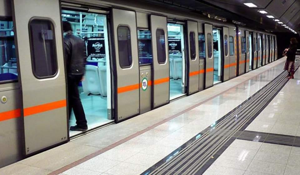 metro-xekinoyn-ta-erga-se-galatsi-katechaki1