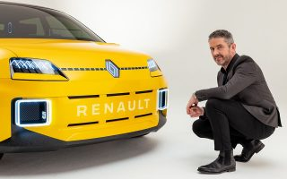 to-thryliko-diamanti-tis-renault-video0