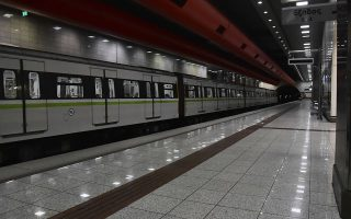 metro-aytomatos-pilotos-kai-liftingk-ton-gerikon-syrmon-561335131