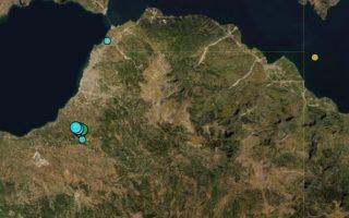 mparaz-asthenon-seismon-apo-to-proi-stin-acha-a-561315358