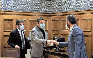 Mε αντιπροσωπεία του προεδρείου της Ενωσης Δικαστών και Εισαγγελέων συναντήθηκε χθες o πρόεδρος του ΣΥΡΙΖΑ Αλ. Τσίπρας (φωτ. INTIME NEWS).