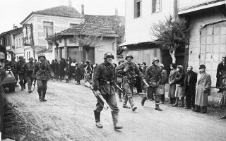 80-chronia-prin-18-4-19410