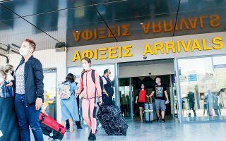 Οι περισσότεροι αερομεταφορείς χρησιμοποιούν φέτος μεγαλύτερα αεροσκάφη και καλύπτουν περισσότερους προορισμούς προς την Ελλάδα από περισσότερα ευρωπαϊκά αεροδρόμια, είτε απευθείας είτε μέσω ενδιάμεσων στάσεων.